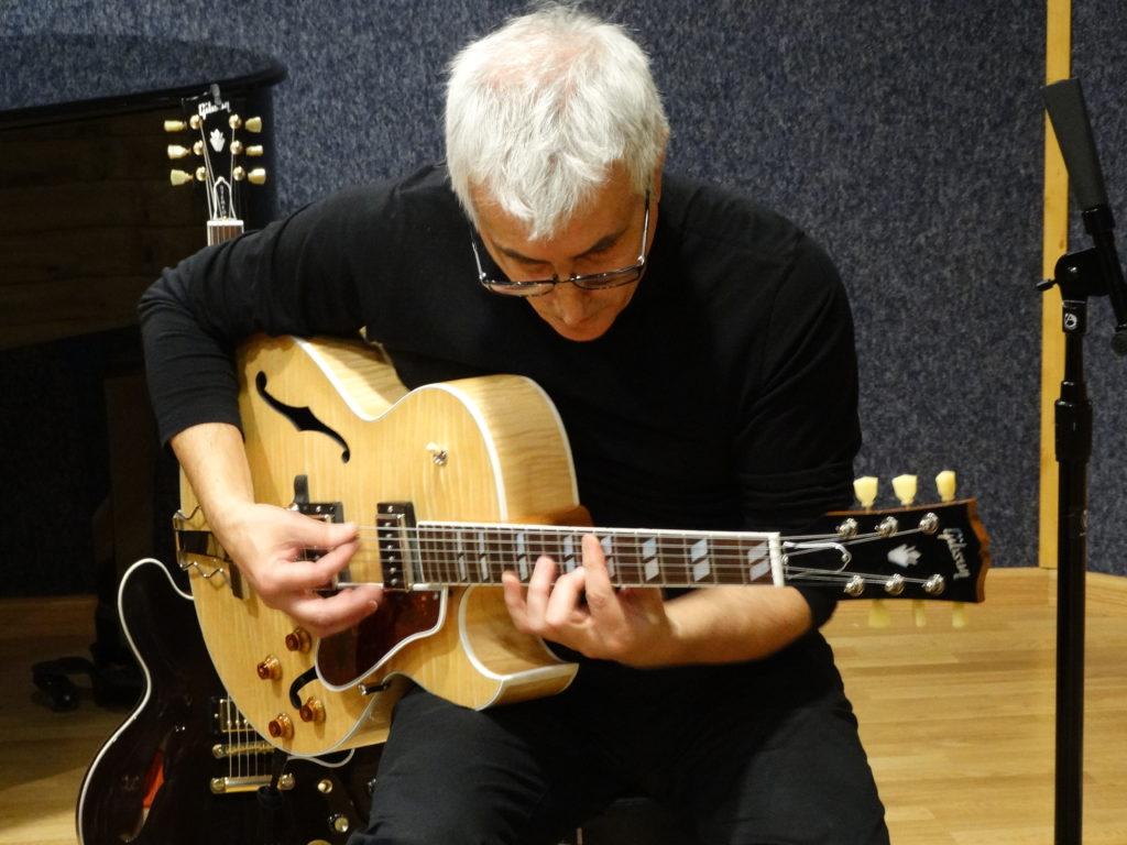 Joan Soler on Gibson
