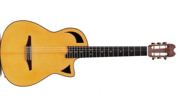 Licari Guitar