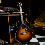 Gibson presenta la Noel Gallagher J-150 Acoustic